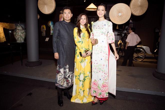 Bà mẹ 3 con Thu Hoài nổi bật, tự tin đọ sắc cùng Thùy Dung - Ảnh 6.