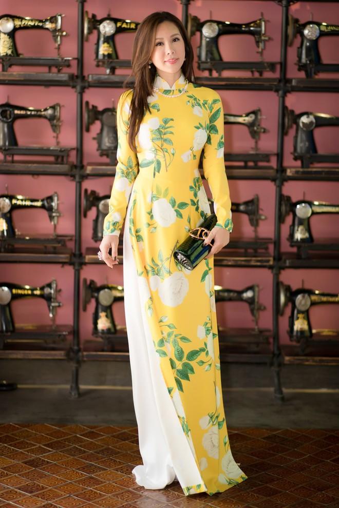Bà mẹ 3 con Thu Hoài nổi bật, tự tin đọ sắc cùng Thùy Dung - Ảnh 7.
