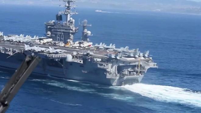 Cận cảnh những tàu sân bay cùng lớp với USS Carl Vinson sắp thăm Việt Nam - Ảnh 4.