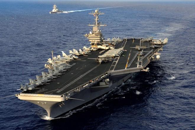 Cận cảnh những tàu sân bay cùng lớp với USS Carl Vinson sắp thăm Việt Nam - Ảnh 12.
