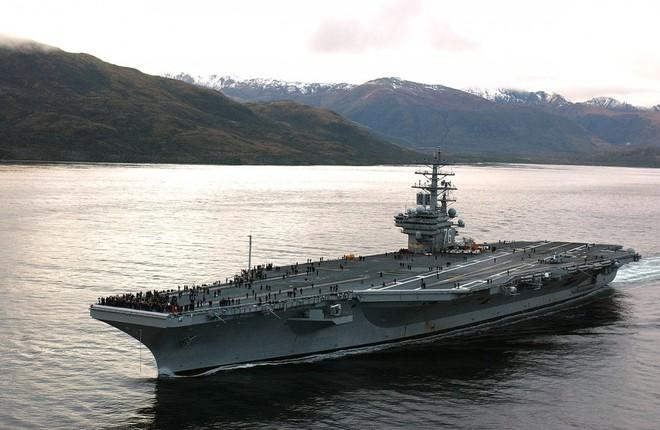 Cận cảnh những tàu sân bay cùng lớp với USS Carl Vinson sắp thăm Việt Nam - Ảnh 15.