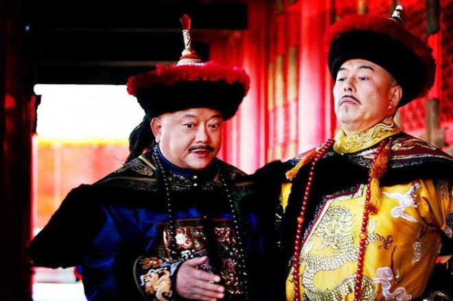 Trả lời câu hỏi của Càn Long, Kỷ Hiểu Lam làm bẽ mặt Hòa Thân trước mặt vua - Ảnh 1.