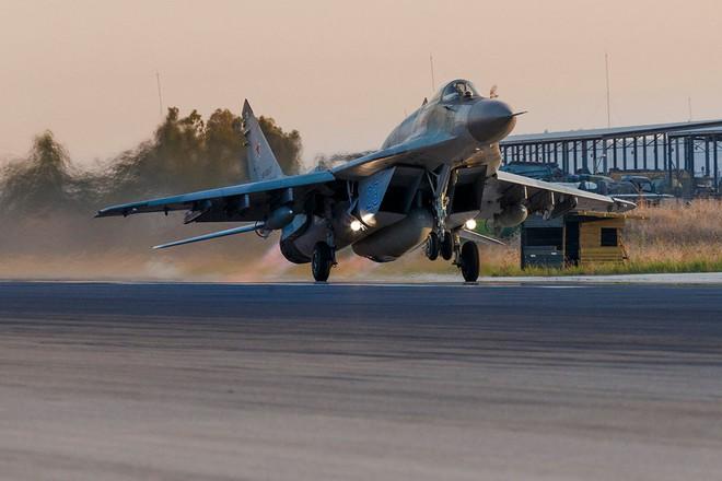 Tại sao tiêm kích MiG-29SMT Nga vừa lấp ló ở Syria lại vội vã rút về? - Ảnh 1.