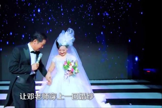 30 năm trước không đám cưới vì nghèo và tấm chân tình của vua Khang Hy dành cho vợ lúc về già - Ảnh 3.