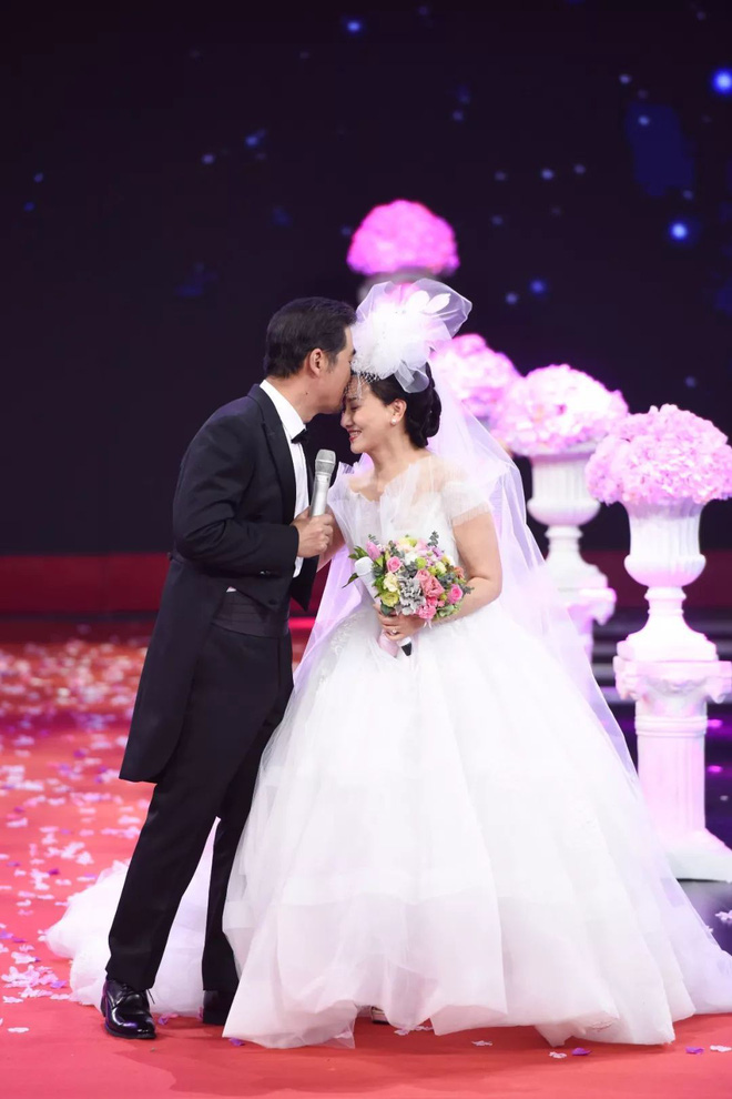 30 năm trước không đám cưới vì nghèo và tấm chân tình của vua Khang Hy dành cho vợ lúc về già - Ảnh 6.