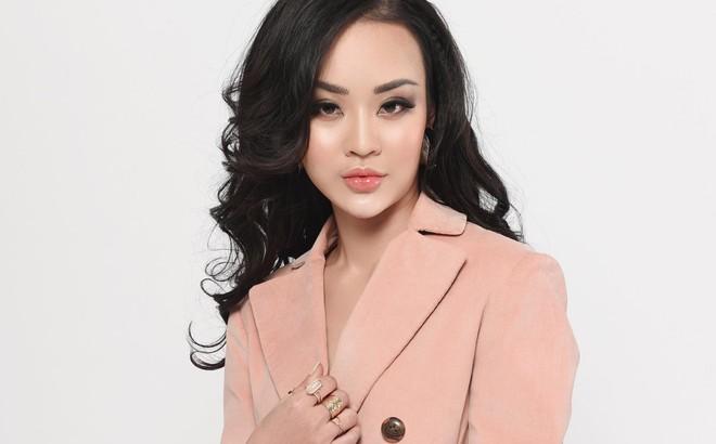 Người đẹp Hoàng Hải Thu ủng hộ Hương Giang nhưng đoán Thái Lan đăng quang hoa hậu