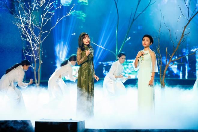 Anh trai ruột Quang Lê gây chú ý khi khoe giọng hát trước đám đông - Ảnh 17.