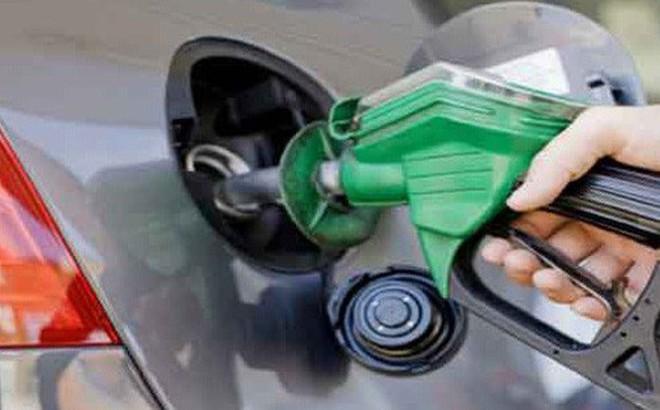 Tăng thuế môi trường với xăng lên mức trần 4.000 đồng/lít: Bộ Tài chính giải trình thế nào?