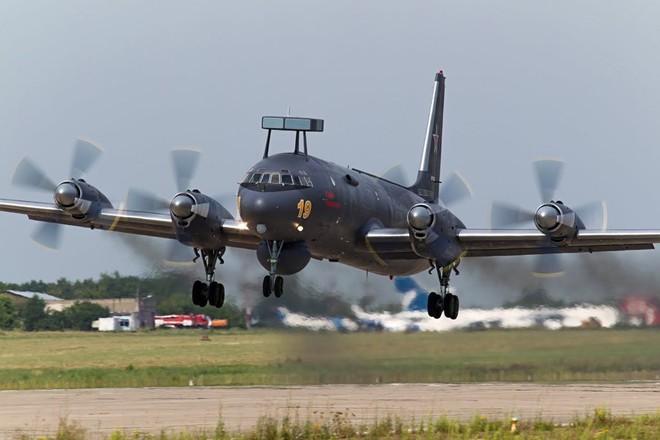 Nga cao tay ở Syria: A-50 và IL-38N -  Tàu nổi hay ngầm, chiến cơ và tên lửa Mỹ lộ hàng - Ảnh 3.