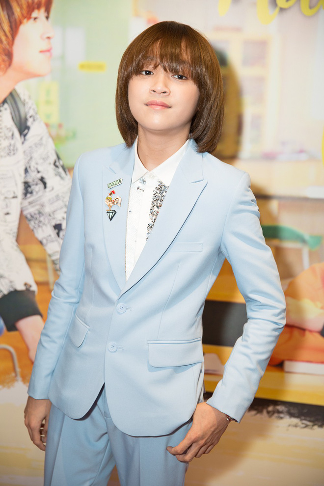Quán quân Vietnam Idol Kids 2017 13 tuổi gây bất ngờ với diện mạo bảnh bao - Ảnh 2.
