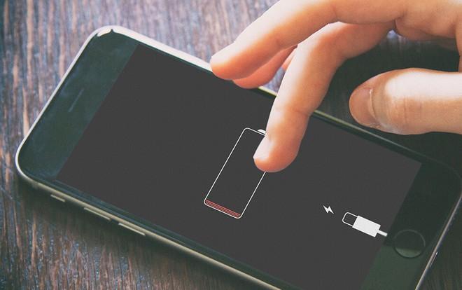 Sạc qua đêm, ứng dụng ngầm, phân biệt thật giả: Tư vấn từ sếp kỹ thuật Apple của FPT Shop - Ảnh 3.