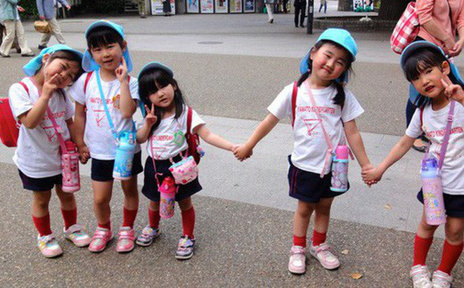 Sau 6 năm sống ở Nhật, nữ nhà báo Mỹ chỉ ra 8 điều đáng học hỏi trong cách dạy con của hàng triệu mẹ Nhật