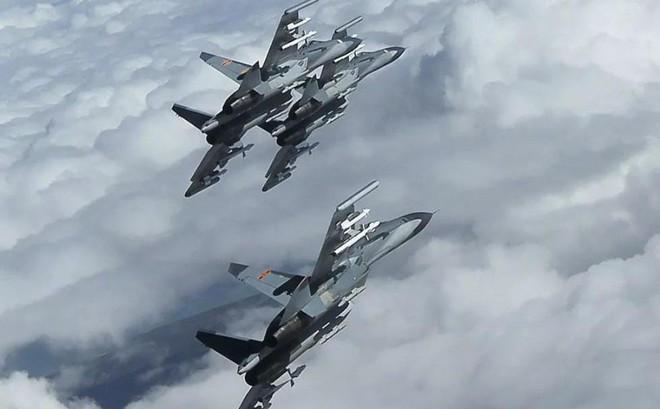 Không quân Trung Quốc tập trận dày đặc ở sườn Tây để chuẩn bị thống nhất Đài Loan?