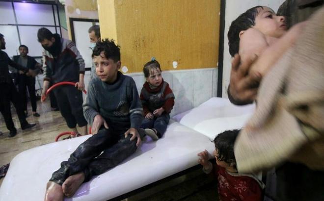 Quan chức Mỹ: Mẫu máu và nước tiểu của nạn nhân Syria dương tính với chất độc hóa học