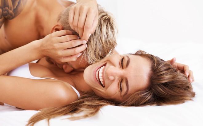 Những tư thế sex nguy hiểm cho phụ nữ: Đàn ông biết để tránh gây thương tích cho bạn tình