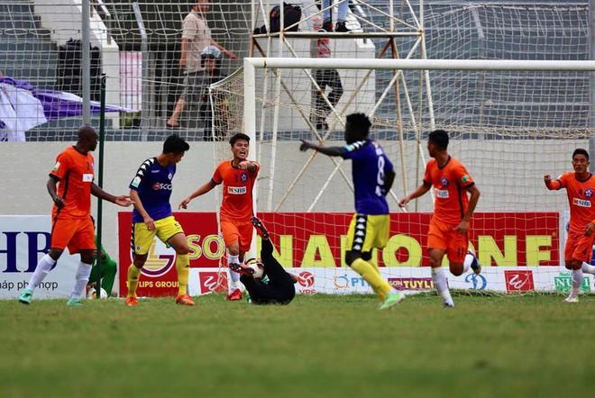 Người cũ của HAGL chói sáng, giúp Hà Nội FC thách thức cả V.League - Ảnh 1.