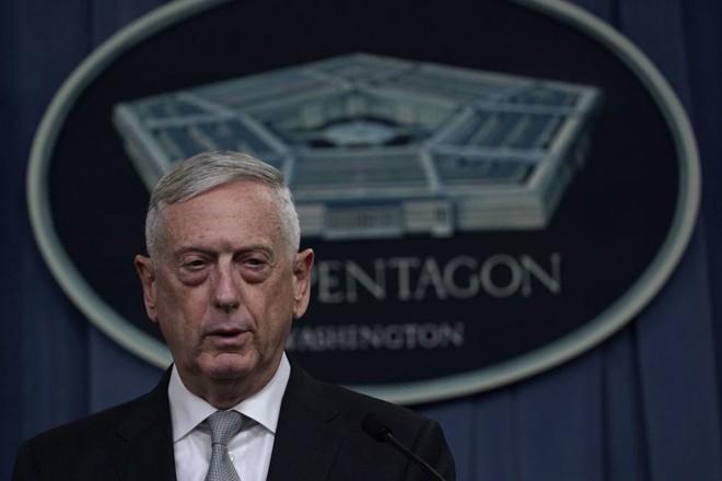 Bộ trưởng QP Mỹ: Liên quân đã sử dụng gấp đôi vũ khí tấn công Syria so với năm 2017 - Ảnh 1.