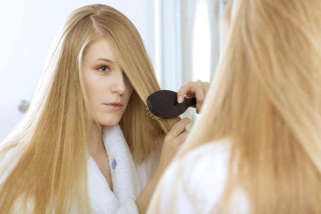 Bạn đang gội đầu đúng cách hay đang giết dần mái tóc của mình? - Ảnh 1.