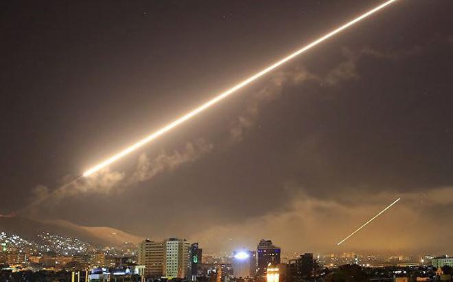 Mỹ, Anh, Pháp không kích: Kiểm chứng sức mạnh liên minh Nga - Syria