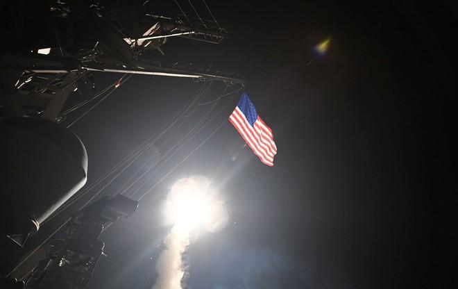 Vì sao máy bay ném bom tàng hình B-2 vắng mặt trong cuộc tấn công Syria? - Ảnh 1.