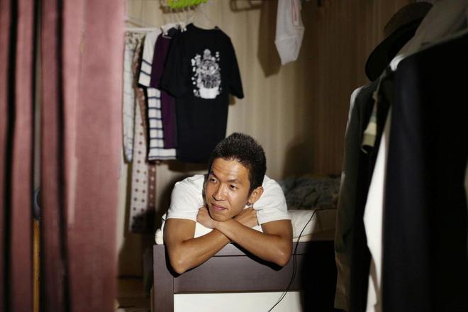 Cuộc sống của những người giam mình trong nhà cả chục năm, bế tắc vì kì vọng của gia đình - Ảnh 4.