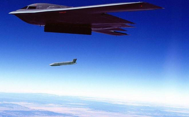 Vì sao máy bay ném bom tàng hình B-2 vắng mặt trong cuộc tấn công Syria?