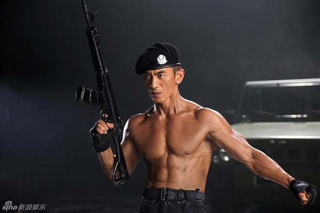 Nhậm Thiên Dã: Chiến binh thiện nghệ, ông hoàng dòng phim quân sự truyền hình Trung Quốc - Ảnh 7.