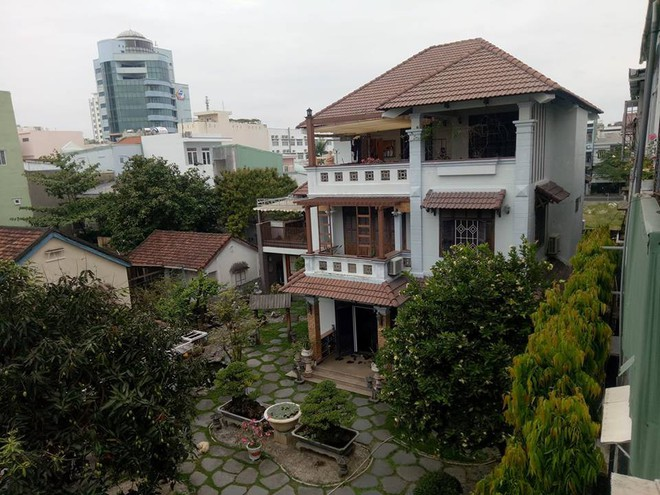 Công an khám xét nhà cựu Chủ tịch Đà Nẵng Trần Văn Minh trong 5 giờ - Ảnh 10.