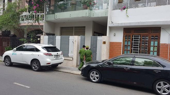 Công an khám xét nhà cựu Chủ tịch Đà Nẵng Trần Văn Minh trong 5 giờ - Ảnh 3.