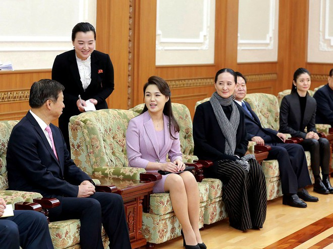Treo ảnh chân dung ông Tập Cận Bình, Triều Tiên muốn được Trung Quốc chống lưng? - Ảnh 7.