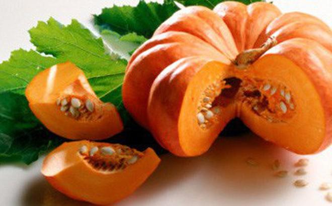 Chuyên gia dinh dưỡng Mỹ tổng kết 8 lý do nên thường xuyên ăn bí đỏ