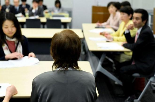 Vết cắt xé lòng của những người bị ép triệt sản ở Nhật Bản và cuộc chiến đòi công lý - Ảnh 1.