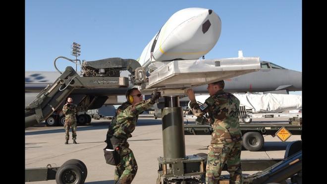 Nga bất ngờ có 2 tên lửa tối tân của Mỹ và liên quân – Món quà quý giá từ Syria - Ảnh 1.