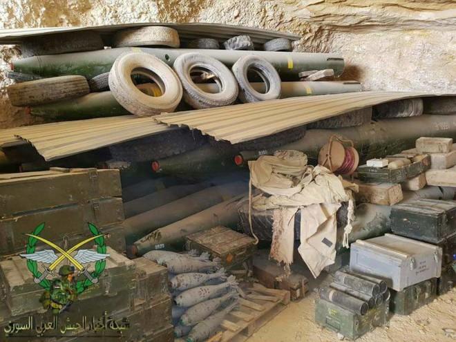 Phiến quân thánh chiến đầu hàng, giao nộp gần 40 xe tăng cho Quân đội Chính phủ Syria - Ảnh 3.