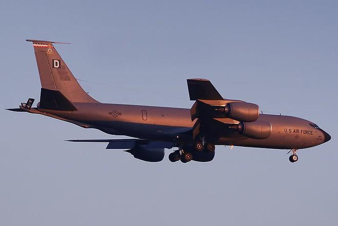 Điểm mặt tất cả máy bay tham gia tấn công Syria: Mỹ dùng loại nào áp chế phòng không Nga? - Ảnh 5.