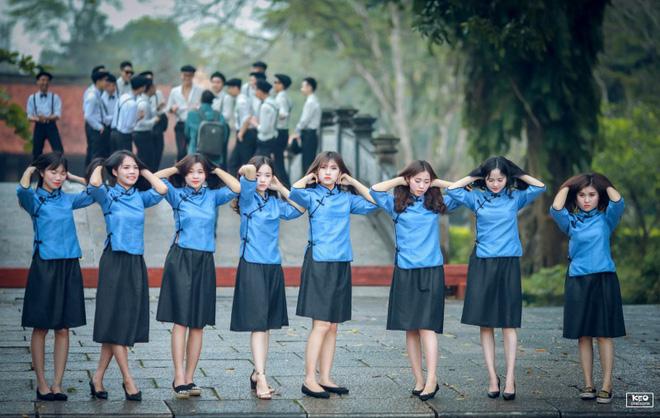 Thêm một bộ ảnh kỷ yếu độc nhất vô nhị mang phong cách Thượng Hải đang gây sốt - Ảnh 10.