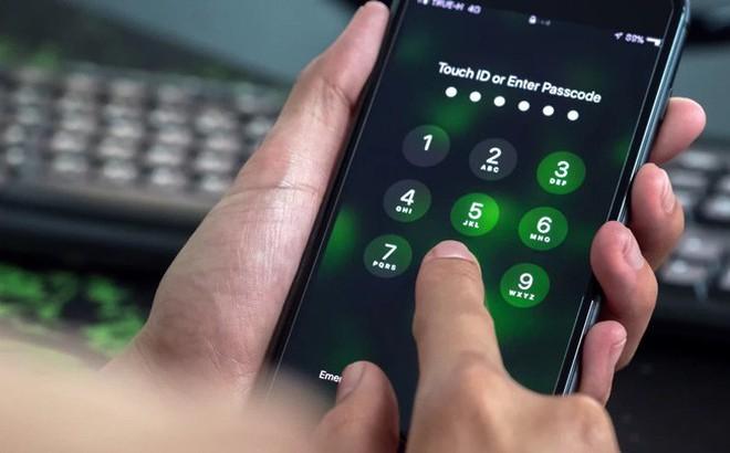 Mật mã 6 chữ số của iPhone đã không còn an toàn
