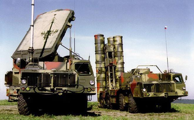 """S-300 Nga cấp cho Syria hoàn toàn """"vô dụng"""" trong chống tập kích đường không của Mỹ?"""