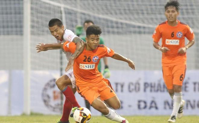 Không chỉ Công Phượng, thêm một sao U23 Việt Nam khiến thầy Park lo lắng