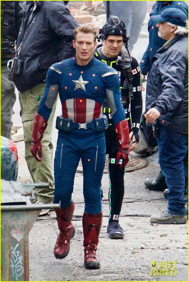 Siêu bom tấn Avengers - Infinity war: Kẻ ác hùng mạnh trỗi dậy, tất cả anh hùng đều chết? - Ảnh 8.