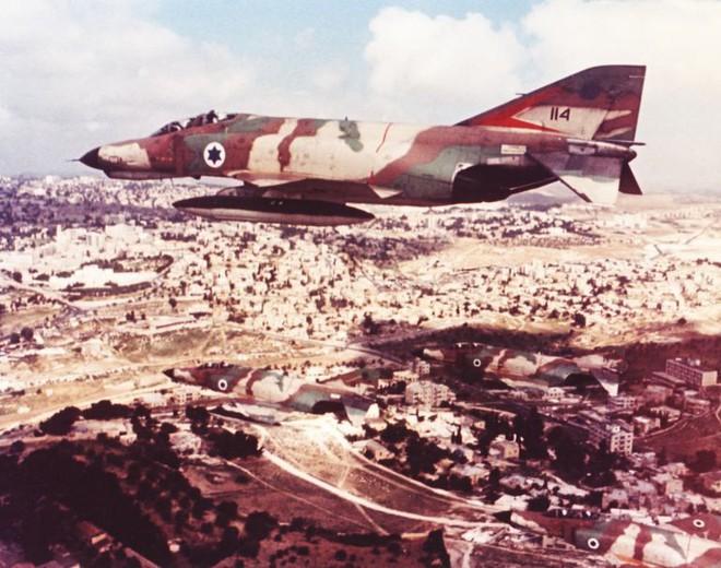 Tên lửa Ba ngón tay Thần Chết ra đòn, phi công tiêm kích Israel sấp mặt - Ảnh 3.