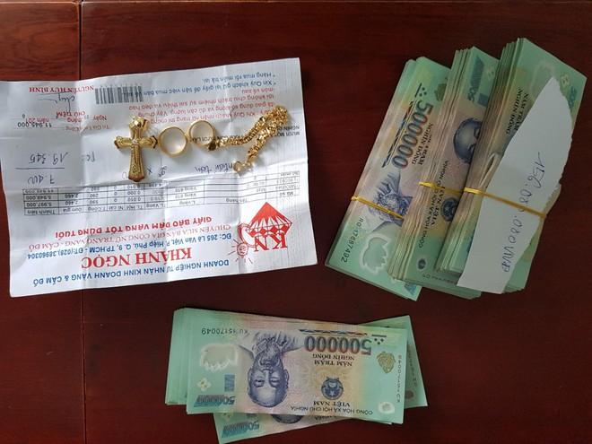 Bảo vệ trộm gần 1.5 tỷ đồng ở chung cư cao cấp khai mua vàng cho bạn gái, người thân - Ảnh 4.
