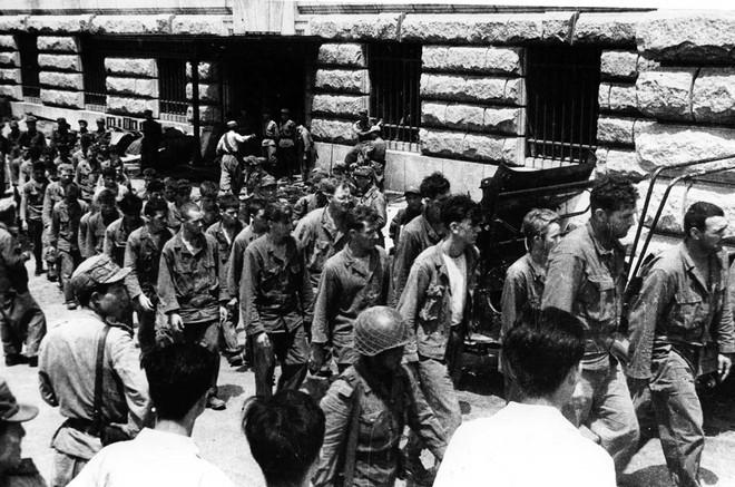 Chiến tranh Triều Tiên: Những người lính Liên Xô mặc quân phục TQ và những người lính Mỹ bị lãng quên - Ảnh 8.