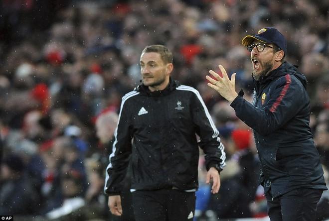 Salah khơi mào cho đêm Liverpool vùi dập AS Roma, khiến Barca tiếc đến ngẩn ngơ - Ảnh 17.