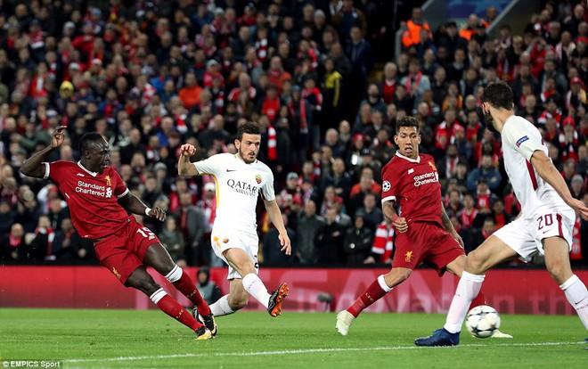 Salah khơi mào cho đêm Liverpool vùi dập AS Roma, khiến Barca tiếc đến ngẩn ngơ - Ảnh 20.