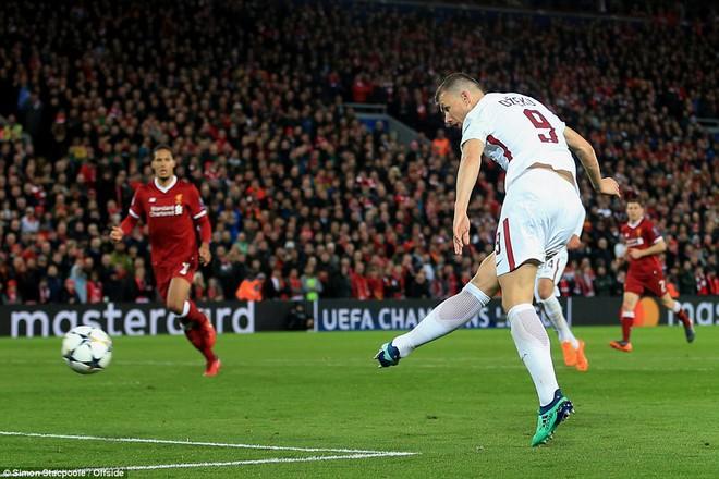 Salah khơi mào cho đêm Liverpool vùi dập AS Roma, khiến Barca tiếc đến ngẩn ngơ - Ảnh 28.
