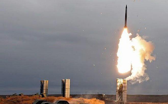 Phòng không Nga đẩy lùi cuộc tấn công tên lửa vào căn cứ Hmeymim, Syria?