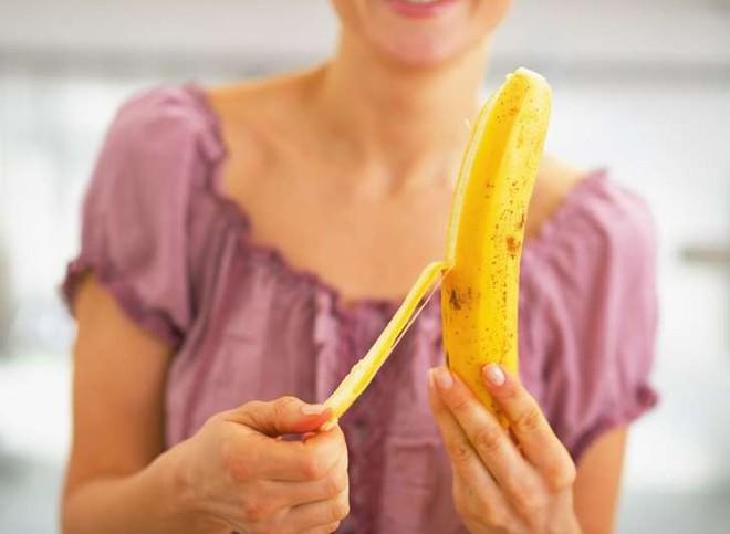 Ăn chuối vào bữa sáng khiến bạn mệt mỏi, buồn ngủ và tiêu hóa kém: Đúng hay sai? - Ảnh 3.