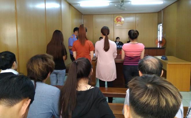 Xét xử nhóm hoa khôi cầm đầu đường dây sex tour nghìn đô ở Sài Gòn