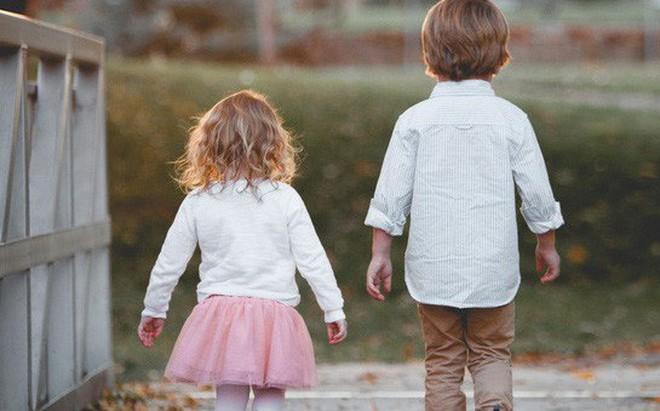 """''Cố lên con"""": Câu nói sai lầm tưởng đem lại sức mạnh, nhưng lại khiến đứa trẻ mang nhiều áp lực nhất"""